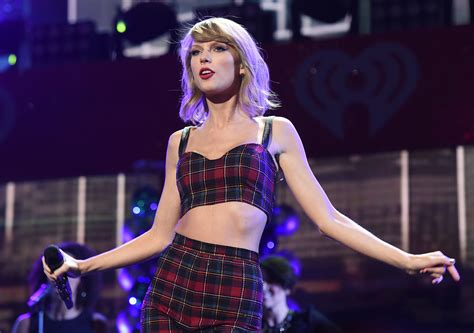 Taylor Swift Trademarks 'This Sick Beat' and Other '1989