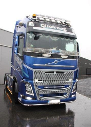 Stainless steel stoneguard Volvo FH4 Glob/GlobXL >2013
